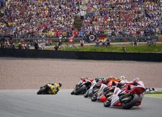 Moto GP de Mans, Moto3, chute collective