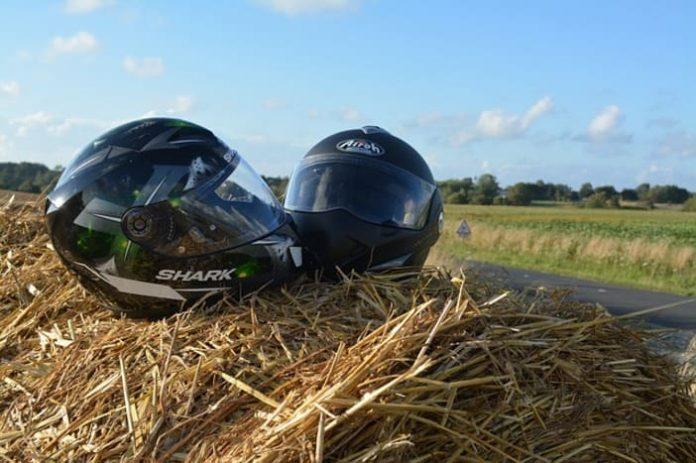 Moto, équipement de moto, équipement pour motard