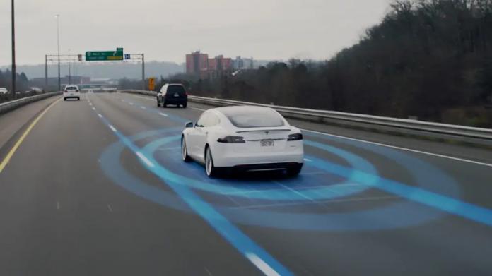 Tesla Auto Pilote Radar